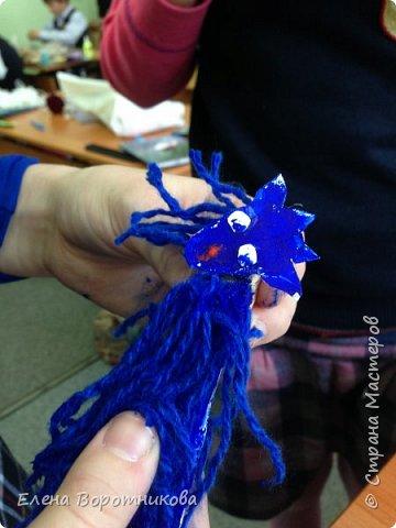Уже начали готовиться к Новому году. Сделали замечательных козочек на прищепках, благодаря великолепному мастер-классу. Огромное спасибо мастеру Анне! фото 12