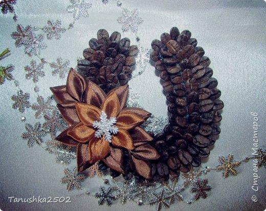 Мастер-класс Новый год МК магнита КОФЕЙНАЯ ПОДКОВА Клей Кофе Ленты фото 25