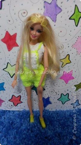 """Привет! Вот второй МК из серии """"Повязушки для кукол""""! Сегодня я поделюсь с вами как связать модный комбинезон для барби. Кстати, вот первый МК по платью для Монстер Хай и Эвер Афтер Хай: http://stranamasterov.ru/node/845227 фото 1"""