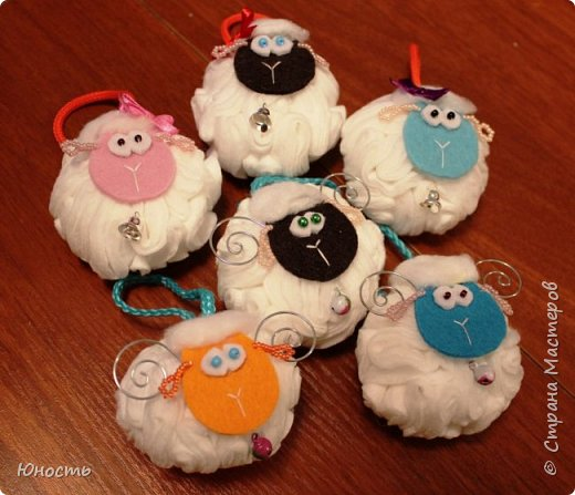 Сегодня у нас снова овечки! Шарики на елку. фото 1