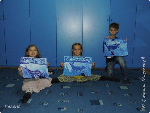 С началом нового учебного года продолжились мои уроки ИЗО в Детском Центре КАПИТАН.За три месяца собралась папочка новых работ.Делюсь ими с вами,надеюсь кому-нибудь они пригодятся в профессиональной и творческой деятельности.  Синий кит.Гуашь. фото 7