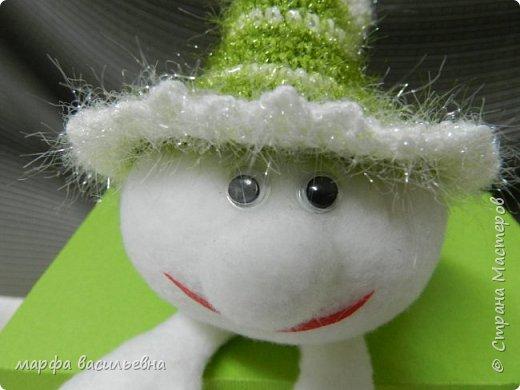 Сначала появилась шляпа.Я начала вязать елочку,не хватило пряжи для такой какую я задумала.Пришлось выкручиваться.Вот выкрутилась. фото 6