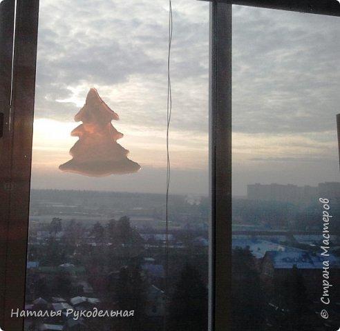 Мастер-класс Поделка изделие Новый год Нашлепка на окно или холодильник Клей фото 7