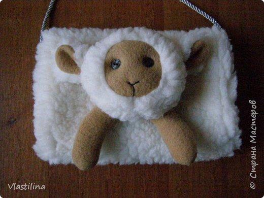 Мастер-класс День рождения Новый год Шитьё Муфточка-овечка Мех Ткань фото 13