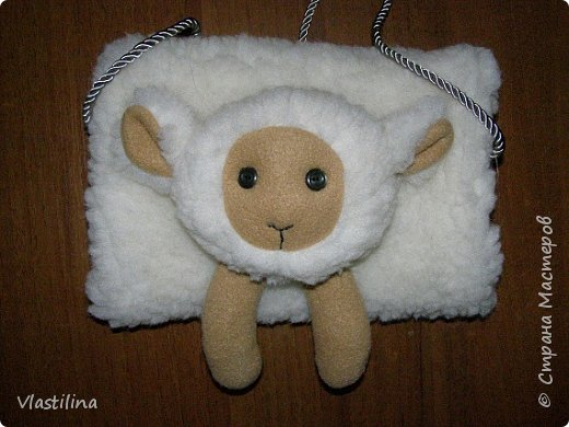 Мастер-класс День рождения Новый год Шитьё Муфточка-овечка Мех Ткань фото 1
