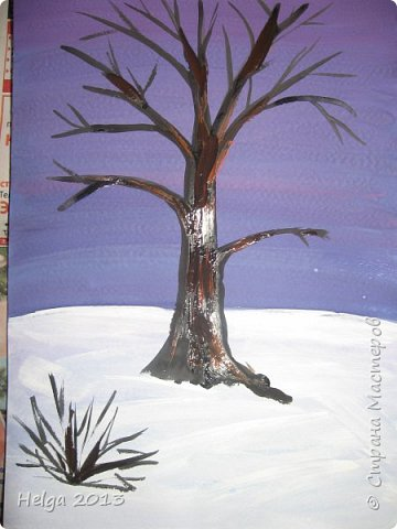 Первый рисунок - это заснеженное дерево с совами. Нам понадобится: лист бумаги А3 или А4, гуашь, кисти №1, 5, 9, вилка пластмассовая, ватные палочки, крупа манная. фото 4