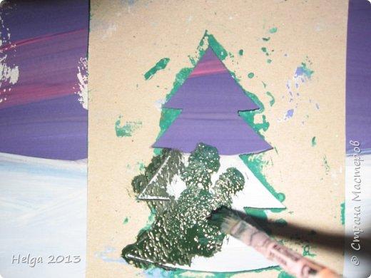 Первый рисунок - это заснеженное дерево с совами. Нам понадобится: лист бумаги А3 или А4, гуашь, кисти №1, 5, 9, вилка пластмассовая, ватные палочки, крупа манная. фото 22