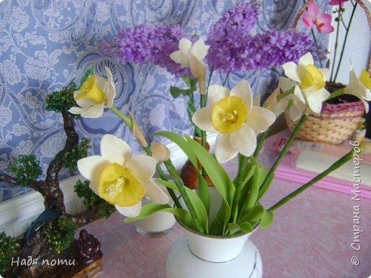 Очень хочу добиться схожести с натуральными цветочками.Девочки дайте свои замечания,что не так ,ведъ самой не все видно. фото 4