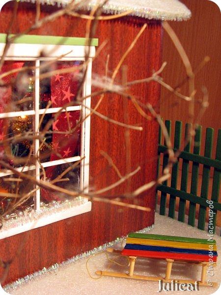 Приветствую Вас, уважаемые мастера и мастерицы!!!! Хочу представить вам мою новую работу - поделку в детский сад дочке ко дню Святого Николая - новогодний домик-румбокс. Конечно. было еще над чем поработать. но за полдня и ночь - все, что успела.... Делала взахлеб, не заметила, как утро наступило))))) Думаю. результат того стоил) фото 8