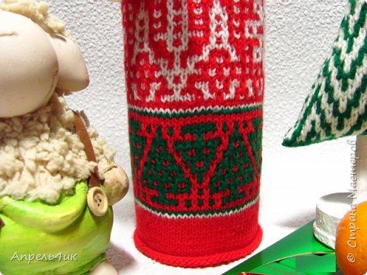 """Здравствуйте! Сегодня хочу показать вам свои вязаные штучки для новогоднего декора.  Все связано акриловыми нитками в 4 сложения, спицами № 1,5 по кругу моими любимыми """"ленивыми узорами"""" https://stranamasterov.ru/node/151703 фото 6"""