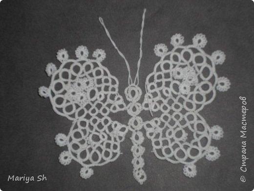 Вот несколько бабочек, сплетенных в технике фриволите.  фото 5