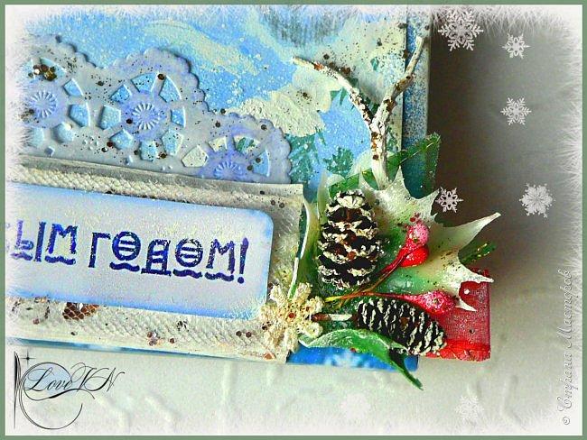 Здравствуйте, жители Страны Мастеров! Сегодня хочется с вами поделиться идеями, как упаковать и украсить новогодние подарочки.  В первом варианте я упаковывала коробку конфет. Обернула коробочку бумагой, сверху наклеила рисунок:  фото 7