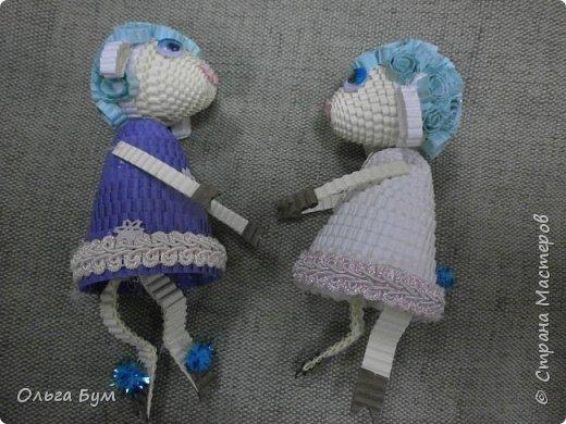 """Вот таких овечек мы сделали к Новому Году! Ножки привязаны на ленточку внутри и качаются, так что овечки """"умеют танцевать"""". фото 8"""