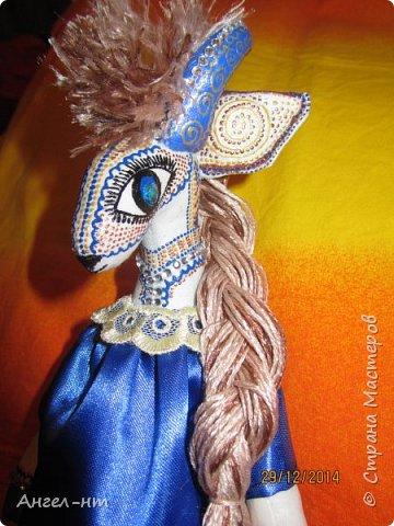 Вот такие милые козочки-модницы получились к новому году. Спасибо за мастер-класс Елена - вот ссылка- http://www.liveinternet.ru/users/4625447/post325216139/ Я немного добавила своих идей - строго не судите.  фото 4