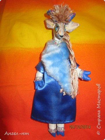 Вот такие милые козочки-модницы получились к новому году. Спасибо за мастер-класс Елена - вот ссылка- http://www.liveinternet.ru/users/4625447/post325216139/ Я немного добавила своих идей - строго не судите.  фото 9