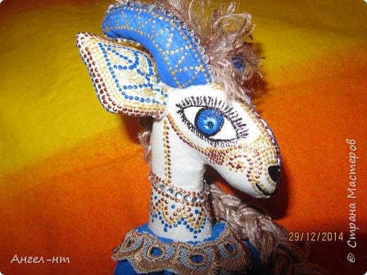 Вот такие милые козочки-модницы получились к новому году. Спасибо за мастер-класс Елена - вот ссылка- http://www.liveinternet.ru/users/4625447/post325216139/ Я немного добавила своих идей - строго не судите.  фото 12