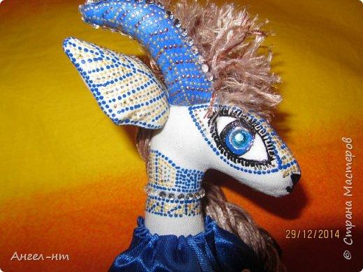 Вот такие милые козочки-модницы получились к новому году. Спасибо за мастер-класс Елена - вот ссылка- http://www.liveinternet.ru/users/4625447/post325216139/ Я немного добавила своих идей - строго не судите.  фото 15