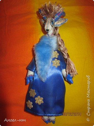 Вот такие милые козочки-модницы получились к новому году. Спасибо за мастер-класс Елена - вот ссылка- http://www.liveinternet.ru/users/4625447/post325216139/ Я немного добавила своих идей - строго не судите.  фото 17