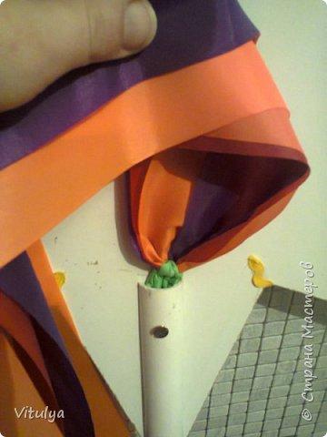 Дочурка занимается народным вокалом, а её фольклорный ансамбль будет выступать с колядками и встала задача: сделать рождественскую (Вифлиемскую) звезду для колядования. Сроки - сжатые, материал - подручный, энтузиазм - хоть отбавляй. Спасибо за вдохновление: http://www.youcandoit.com.ua/svoimi-rukami-2/rozhdestvenskaya-zvezda-svoimi-rukami.html фото 17