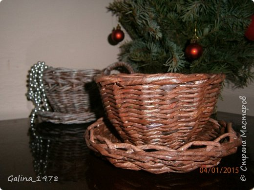 Поздравляю всех с Новым годом и Рождеством ! Вот наплелось чуть-чуть после большого перерыва ...  Эти две коробки в подарок моим сестричкам фото 11