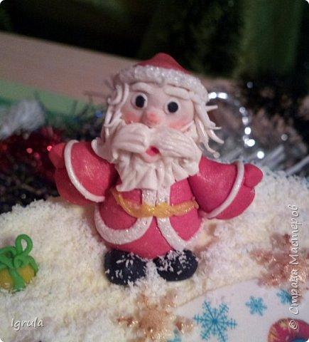 """Всем доброго времени суток. Хочу поделиться с вами своими декабрьскими тортиками. Это, так сказать, вторая половина декабря, точнее последние три дня)))  Итак тортик """"Хом- кредит"""", вес 2,8 кг. Выполнен в корпоративных цветах. Внутри шоколадные бисквиты, сливочный крем """"крем-брюле"""", прослойка из апельсинового джема с цедрой и кусочками апельсина, коньячная пропитка. фото 9"""