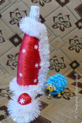 Здравствуйте, дорогие мастерицы и мастера!!! Это мой первый опыт в этом виде рукоделия, но очень хотелось сделать красоту для новогоднего стола. Что получилось-судить вам.Борода просто не уместилась, получалось нагромождение, поэтому у меня молоденький Дед Мороз! фото 2