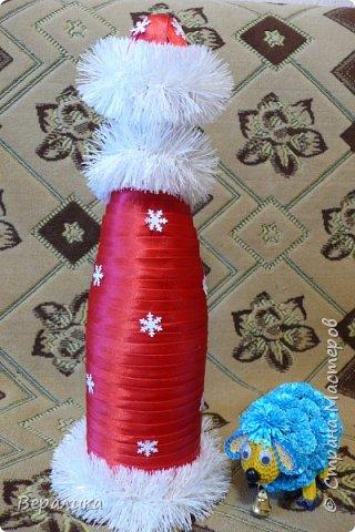 Здравствуйте, дорогие мастерицы и мастера!!! Это мой первый опыт в этом виде рукоделия, но очень хотелось сделать красоту для новогоднего стола. Что получилось-судить вам.Борода просто не уместилась, получалось нагромождение, поэтому у меня молоденький Дед Мороз! фото 3