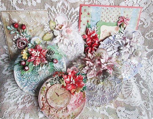 """Добрый день, дорогие мастера и мастерицы! Поздравляю вас с наступившим Новым годом и Рождеством! Мира, счастья, любви и добра! Хочу показать несколько открыток, сделанных к празднику. Цветы в открытках сделаны при помощи ножа """"пуансеттия"""". фото 24"""