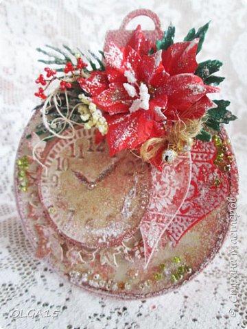 """Добрый день, дорогие мастера и мастерицы! Поздравляю вас с наступившим Новым годом и Рождеством! Мира, счастья, любви и добра! Хочу показать несколько открыток, сделанных к празднику. Цветы в открытках сделаны при помощи ножа """"пуансеттия"""". фото 9"""