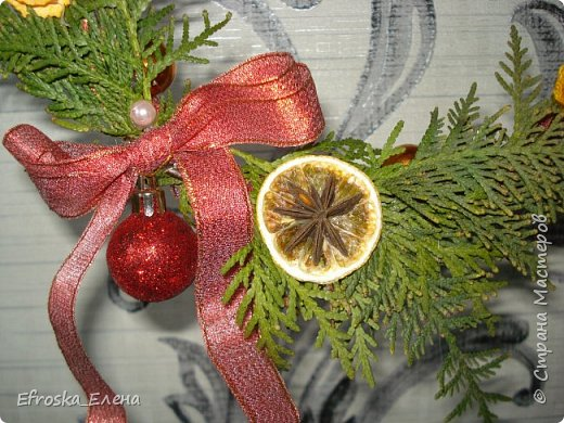 Рада приветствовать вас, дорогие мастера! С Новым годом! С Рождеством Христовым! Здоровья всем вам и благополучия! Счастья и покоя вам и вашим семьям! Я сегодня с немногими сувенирами, которые успела сделать к новому году. Кое что из задуманного так и осталось задуманным... все время сел очень поздний предновогодний заказ. фото 9