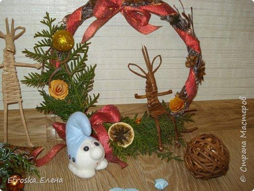 Рада приветствовать вас, дорогие мастера! С Новым годом! С Рождеством Христовым! Здоровья всем вам и благополучия! Счастья и покоя вам и вашим семьям! Я сегодня с немногими сувенирами, которые успела сделать к новому году. Кое что из задуманного так и осталось задуманным... все время сел очень поздний предновогодний заказ. фото 2