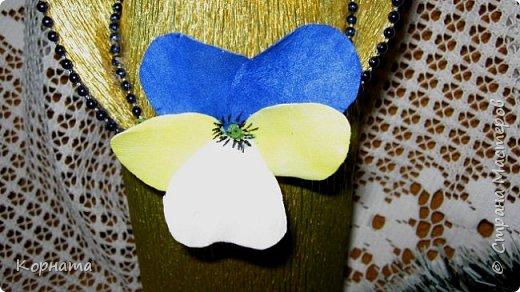 Здравствуйте, дорогие друзья! Я как всегда с новеньким, ну вот такая я непостоянная.))) Решила попробовать ревелюр в деле, и так мне это дело понравилось! Чудесный пластичный материал, очень приятный в работе, а цветы из него прям натуральные получаются! Пока понемножку пробую всяких.  фото 8
