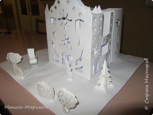 """Работу изготавливали мы с ученицей Юлечкой (13 лет) для выставки """"Зима идет- праздники ведет"""" фото 2"""