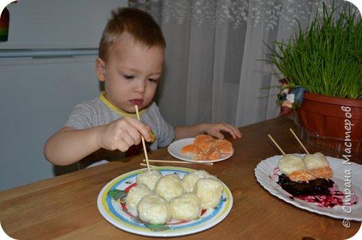 В кафе привлекло мое внимание детское меню, красивое оформление и интересная подача блюд.  И тут пришла идея: приготовить с сыном вместе и разыграть сказку..... фото 7