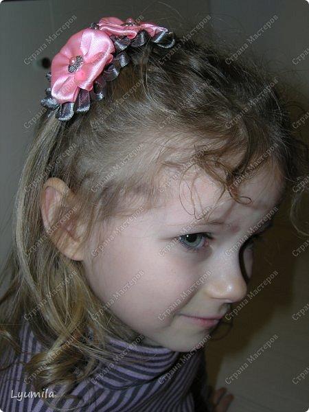 Поздравляю ВСЕХ моих друзей и читателей с наступившим Новым годом и Рождеством! Сегодня хочу показать вам своих подросших девочек и украшения, которые я сделала для них. У Лидочки за лето волосы заметно выросли в длину, стали виться сильнее. фото 1