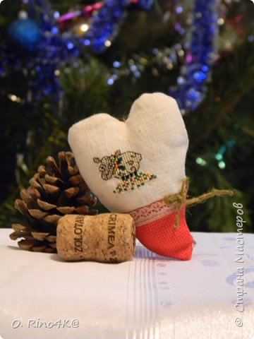 Привет, мои дорогие и любимые жители Страны. Как давно меня тут не было. Многое поменялось в моей жизни, но об этом потом=))) Для начала я хочу всех поздравить с Новым Годом и Рождеством. Хочу пожелать всем отменного здоровья, исполнения желаний, счастья, улыбок и мира!!! Поздравить вас я собрала целую компанию...барашков=))) (год овечки же на дворе) фото 8