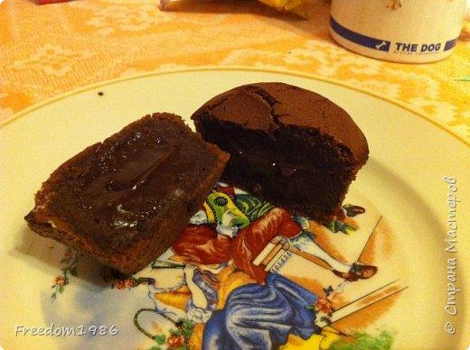 Этот рецепт я нашла на просторах интернета,поэтому на права не претендую,просто просят поделиться рецептом(делюсь):  И так ингредиенты: Шоколад 100гр. Сахарный песок 6 ложек Масло сливочное(несоленое) 100гр. Яйцо куриное 3шт. Мука 4ст.л.  фото 2