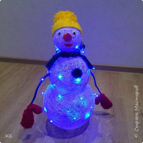 Снеговик из ниток фото 2