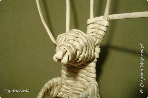 Мастер-класс Поделка изделие Валентинов день Плетение Влюблённый заяц Бумага Трубочки бумажные фото 14