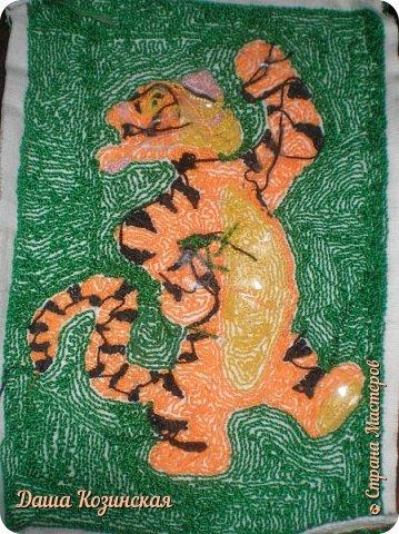 Вот моя первая работа в технике ковровой вышивки. Мой дебют.  фото 2