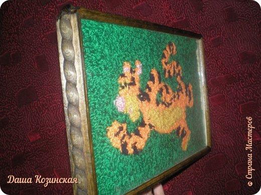 Вот моя первая работа в технике ковровой вышивки. Мой дебют.  фото 5