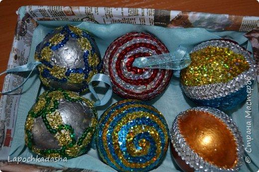 В этом году решила сделать подарки своими руками, вот такие шарики я подарила бабушке на Новый год фото 2