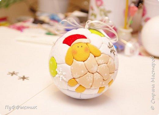 Всех, всех, всех С НОВЫМ 2015 ГОДОМ! Мы попробуем с Вами сделать новогодний шар на елку, используя технику «кинусайга». фото 13