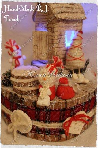 """Продолжение моих сладких творений и покажу немного новогодних не сладких работ. 3. Королевна! Куколка с конфетками. Куколкой можно играть, когда конфеты слопаны! Конфеты """"фундук в шоколадной глазури"""" и """"Raffaello"""".  фото 9"""