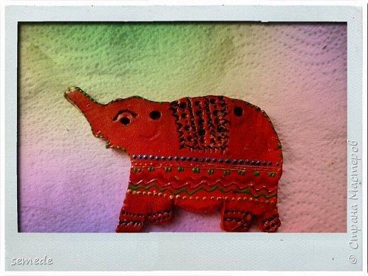 В Древней Индии слон — символ священной мудрости, царского достоинства, непобедимой мощи и благоразумия. В буддизме слон — наиболее почитаемое священное животное, символ духовного знания и стабильности. Мне созерцание слонов приносит умиротворение и покой. Очень надеюсь, что скоро увижу их в живую) фото 3
