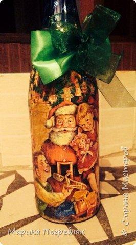 Здравствуй дорогие Жители СМ!!! Хочу выставить на Ваш суд мои первые декупажные работы, а именно декупаж на бутылках шампанского. Простите за опоздание, Новый год ведь уже давно прошел...  Моя новогодняя бутылочка в украинском стиле))) фото 7