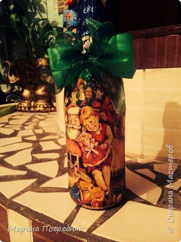 Здравствуй дорогие Жители СМ!!! Хочу выставить на Ваш суд мои первые декупажные работы, а именно декупаж на бутылках шампанского. Простите за опоздание, Новый год ведь уже давно прошел...  Моя новогодняя бутылочка в украинском стиле))) фото 8