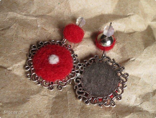 """Сегодня я к вам с новыми сережками =) Назвала их """"Красная плесень"""""""