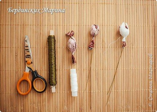 Мастер-класс по созданию прекрасной орхидеи с конфетами. фото 5