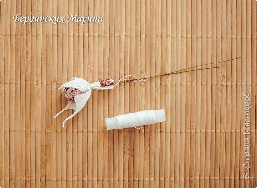 Мастер-класс по созданию прекрасной орхидеи с конфетами. фото 6